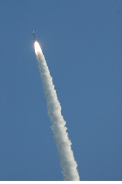 Launch of a Delta II rocket carrying the COSMO-1 radar Earth observation satellite