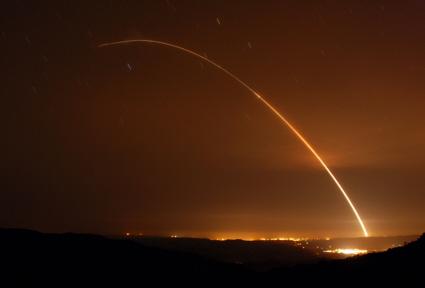 Estados Unidos testam com êxito um míssil balístico