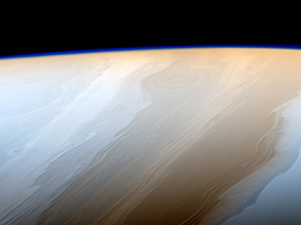 Saturn cloud tops